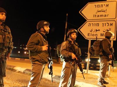 Israelische Soldaten an einem Checkpoint in Nablus