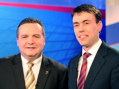 Der baden-württembergische Ministerpräsident Stefan Mappus (l, CDU) und sein Kontrahent Nils Schmid (SPD).