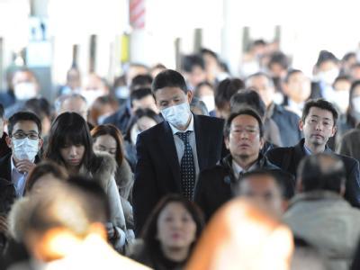 Der Alltag in Tokio und anderen japanischen Städten geht weiter - trotz der drohenden atomaren Katastrophe.