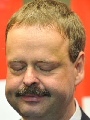Linke-Spitzenkandidat Wulf Gallert nach der Bekanntgabe der ersten Prognosen für die Landtagswahl