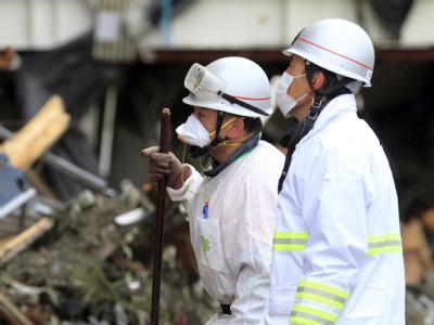 Rettungskräfte in der Krisenregion im Nordosten Japans.