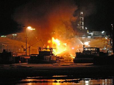 Tanker explodiert