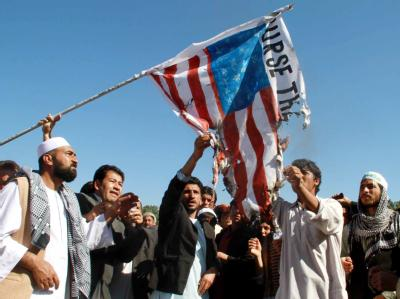 Afghanen protestieren gegen eine Koranverbrennung in den USA.