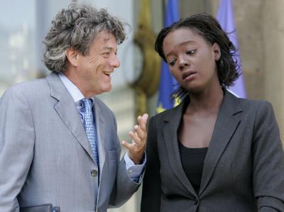 Sie sind aus Sarkozys Regierungslager ausgeschert: Jean Louis Borloo und Ex-Ministerin Rama Yade (Archiv).