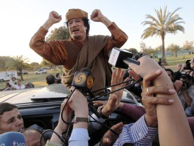 Gaddafi droht möglichen humanitären Hilfskräften. (Archivbild)
