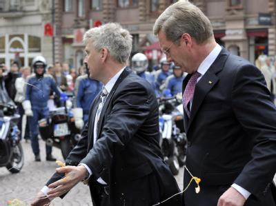 Die Eierattacke auf Bundespräsident Christian Wulff am Donnerstag in Wiesbaden