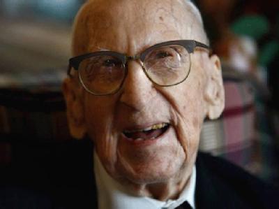 Walter Breuning gehörte zu den wenigen Menschen, dessen Leben in drei Jahrhunderte hineinreichte.