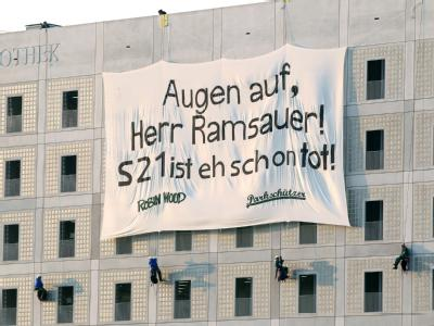 Stuttgart 21-Transparent