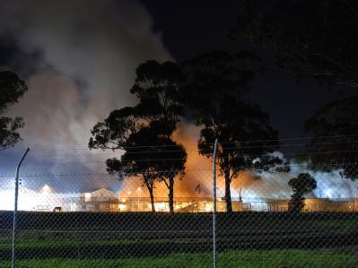 Brennendes Asylantenlager
