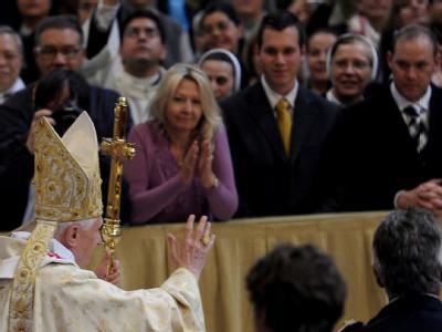 Die Osterfeierlichkeiten in Rom haben begonnen: Papst Benedikt XVI. in der Lateranbasilika.