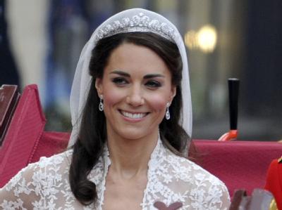 Kate schafft mit ihren Hochzeitsideen ein echtes Markenzeichen: Sie kombiniert Tradition mit Moderne.