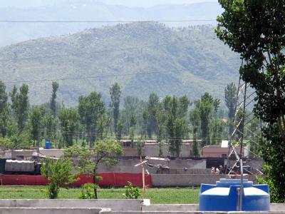 In einem Vorort des pakistanischen Abbottabads, etwa 60 Kilometer Luftlinie nördlich von Islamabad, wurde Osama bin Laden aufgespürt.
