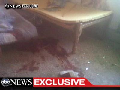 Blut auf dem Boden: Der US-Fernsehsender ABChat erste Videoaufnahmen aus dem Innern von Bin Ladens Anwesens im pakistanischen Abbottabad ausgestrahlt. Foto:ABCNews