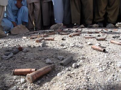 Patronenhülsen am Ort der Morde. Bewaffnete waren auf einen Cricketplatz gestürmt und hatten um sich geschossen.