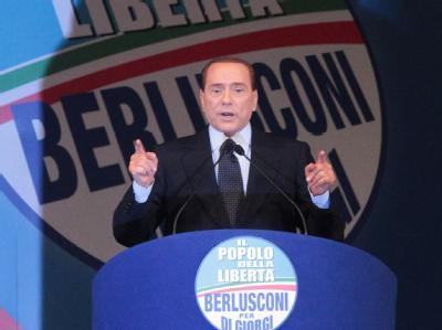 Italiens Premier Silvio Berlusconi im Wahlkampf-Endspurt.