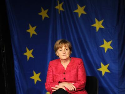 Bundeskanzlerin Angela Merkel (CDU) hat das frühe Renteneinstiegsalter und die Urlaubsregelungen in vor allem südeuropäischen Ländern kritisiert.