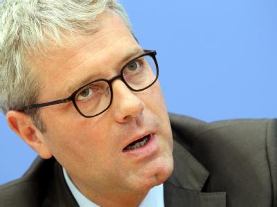 Für die Bundesregierung steht neben Wirtschaftsminister Rösler auch Umweltminister Norbert Röttgen auf der Rednerliste.