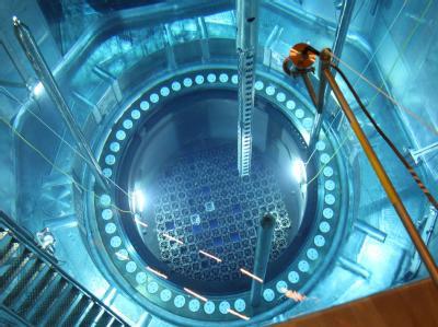 Im Atomkraftwerk Philippsburg II hat es ein Problem am Not-Kühlsystem gegeben.  (Archivbild vom 06.07.2007)