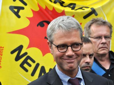 Bundesumweltminister Norbert Röttgen (CDU) hält laut Medienberichten eine Studie zum Atomausstieg unter Verschluss - zu den Gründen wollte sich das Ministerium nicht äußern.