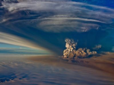 Während des Ausbruchs schleuderte der Vulkan Grimsvötn eine Wolke von einer Höhe von mehreren Kilometern in die Luft. (Archivbild)