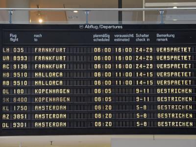 Die Aschewolke aus Island behindert den Flugverkehr vor allem in Deutschland. Im norddeutschen Luftraum beruhigte sich die Lage bereits.