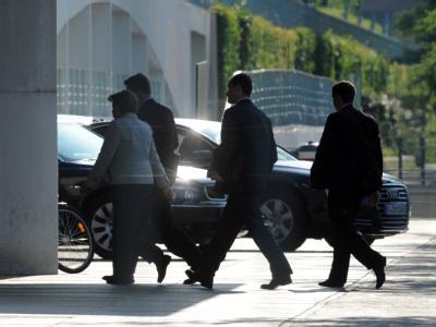 Kanzlerin Merkel auf dem Weg ins Kanzleramt