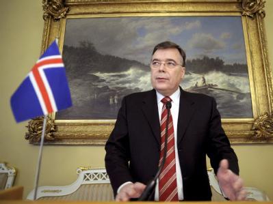 Wegen grober Pflichtverletzung durch Untätigkeit unmittelbar vor der Finanzkrise steht Islands Ex-Ministerpräsident Geir Haarde in Reykjavik vor Gericht. (Archivbild)