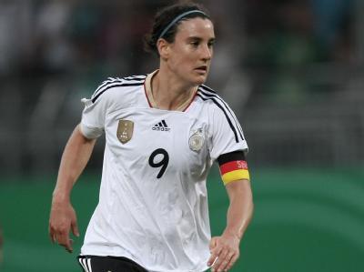 Nach 214 Länderspielen und 128 Toren ging Birgit Prinz' Karriere im DFB-Dress ohne Chance auf einen weiteren Treffer zu Ende. «Frustriert und enttäuscht» verfolgte sie das Viertelfinalaus gegen Japan von der Bank. Auch ein mögliches Abschiedsspiel konnte
