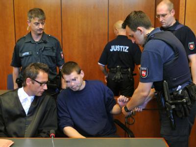 Lebenslange Haftstrafe f�r Teenager-M�rder