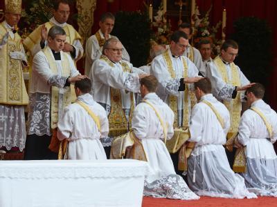Priesterweihe der Piusbruderschaft