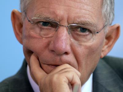 Was Wolfgang Schäuble von den Steuersenkungsplänen der Koalition hält, lässt er bei jeder Gelegenheit wissen. Wenig.