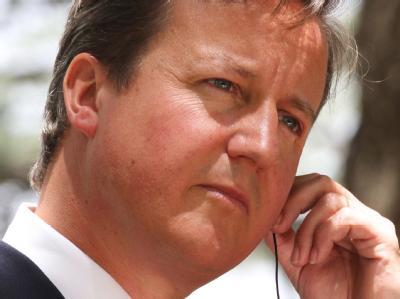 Die Festnahme seines früheren Kommunikationschefs reißt auch Premier David Cameron mit in den Strudel. Er will nun das Verhältnis von Politik und Medien grundlegend neu ordnen.