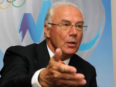 Franz Beckenbauer wirbt in Durban für die Münchner Olympia-Bewerbung.