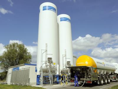 In der Pilotanlage zur CO2-Speicherung in Ketzin bei Berlin wurde im April das erste CO2 aus der Pilotanlage im Spremberger Industriegebiet Schwarze Pumpe (Spree-Neiße) angeliefert. (Archivbil)