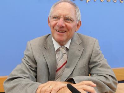 Schäuble lacht