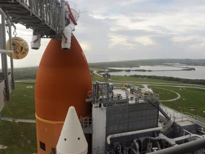 Bleibt der Himmel am Freitag verhangen, fällt der letzte Start der Raumfähre «Atlantis» ins Wasser. Das große Finale der Space-Shuttle-Flüge könnte sich um eine Woche verzögern.