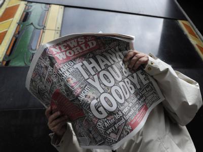 Die letzte Ausgabe der «News of the World»  trug den Titel «Thank you and Goodbye» (Danke und lebt wohl).