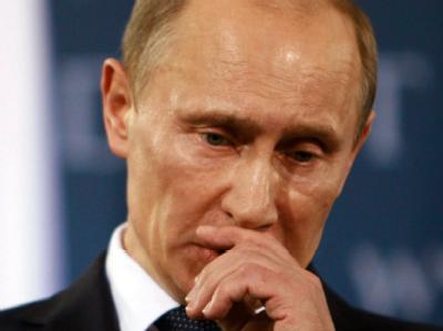 Das Kuratorium des Quadriga-Preises ist einem Zeitungsbericht zufolge mit dem Verzicht auf die Preisverleihung an den russischen Ministerpräsidenten Wladimir Putin einem Proteststurm deutscher Wissenschaftler zuvorgekommen.