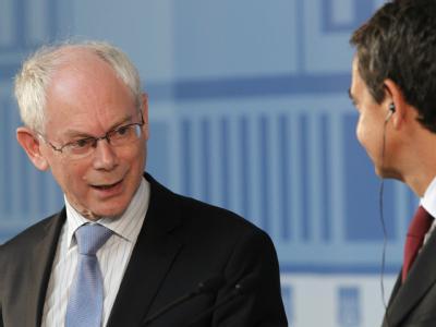 Der Präsident des Europäischen Rates, Herman Van Rompuy (links), hat einen kurzfristigen Krisengipfel einberufen.