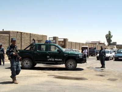Ein abtrünniger afghanischer Polizist hat in Lashkar Gah sieben seiner Kollegen erschossen. Foto: Sher Khan, dpa