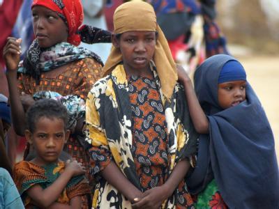 Somalische Kinder im Flüchtlingscamp Dolo Ado. Das dritte, erst vor wenigen Wochen eröffnete Flüchtlingslager in Äthiopien für die Dürre-Opfer aus Somalia, ist bereits überfüllt.