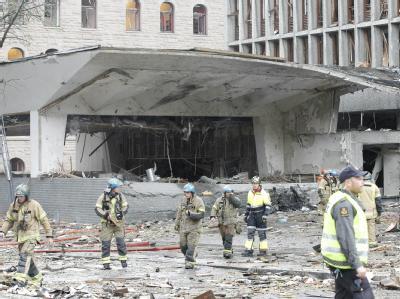 Bilder wie aus dem Krieg: Das Regierungsviertel von Oslo ist verwüstet.