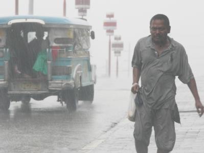 Heftiger Regen in Manila