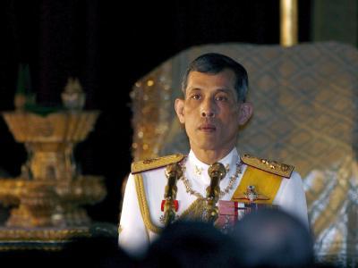 Der thailändische Kronprinz will nicht länger auf sein gepfändetes Flugzeug warten. Er löst es selber aus.