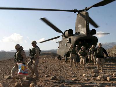 30 amerikanische und 7 afghanische Soldaten starben bei dem Absturz eines Hubschraubers. (Symbolbild)