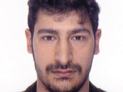 Das neue Fahndungsfoto der Polizei zeigt den unter Mordverdacht stehenden Mehmet Yildirim aus Berlin. Die Fahndung nach dem mutmaßlichen Täter läuft auf Hochtouren.