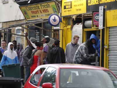 Was treibt die britischen Jugendlichen zu den Krawallen?