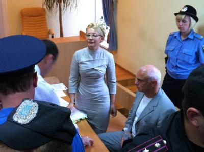 Julia Timoschenko während einer Gerichtsanhörung in Kiew.
