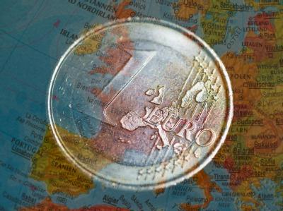 Angesichts der aktuellen Wirtschaftsturbulenzen wird über die Einführung sogenannter Eurobonds gestritten.
