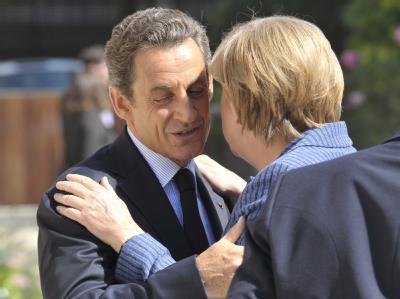 Nicolas Sarkozy meets Angela Merkel